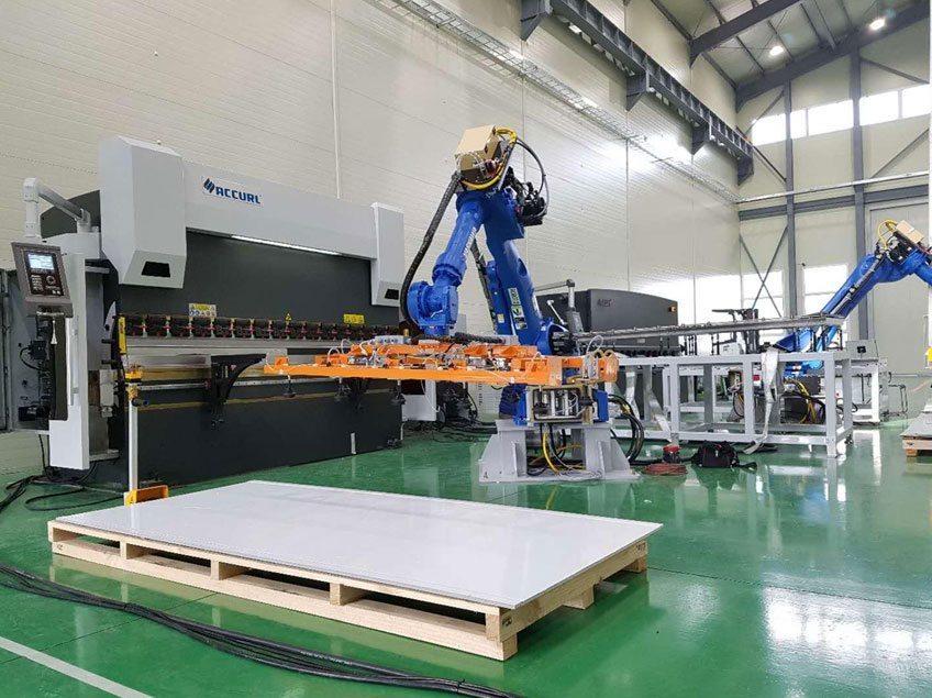 cnc press brake with robotic arm